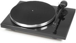 Pro-Ject 1 Xpression Carbon Classic  analóg lemezjátszó /hangszedő nélkül./