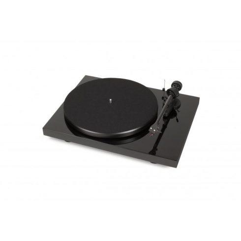 Pro-Ject Debut Carbon DC lemezjátszó /Ortofon OM 10/